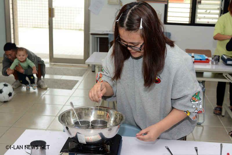 若兒童不克參與,台灣世界展望會仍將以專業社工個別關懷、宣導防疫觀念及發送防疫健康包,讓防疫零空隙。